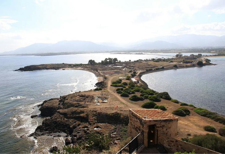 Visitare la baia e sito archeologico di Nora