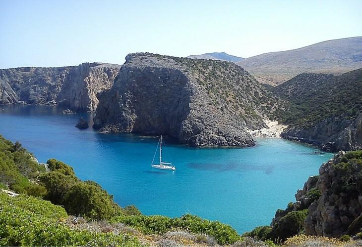 Escursioni in barca a vela in Sardegna - Camping Cala d'Ostia