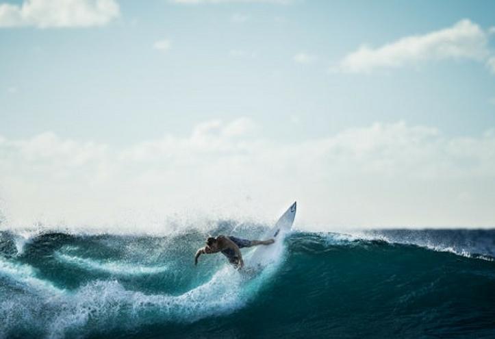 fare surf in Sardegna